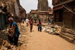 Σεισμός οδοί Bhaktapur, Νεπάλ στοκ εικόνες