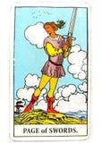Σελίδα της έμπνευσης ιδεών σχεδίων προγραμματισμού καρτών Tarot ξιφών στοκ φωτογραφίες