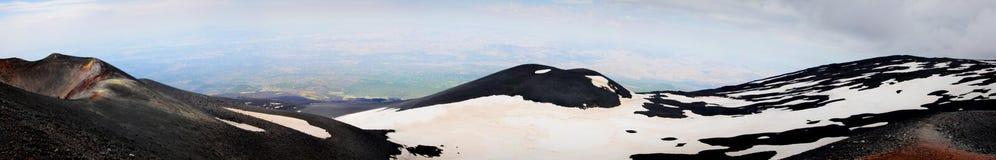 Σεληνιακό τοπίο στις πλευρές του υποστηρίγματος Etna στοκ φωτογραφίες