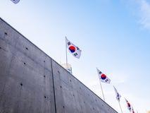 Σεούλ, Νότια Κορέα - 16 Απριλίου 2018: Σχέδιο Plaza DDP Dongdaemun ανθρώπων και επισκέψεων touristor Νεώτερος και πιό εικονικός ο Στοκ Εικόνες