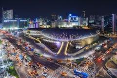 Σεούλ, Νότια Κορέα - 19 Απριλίου 2016: Σχέδιο Plaza Nig Dongdaemun Στοκ Εικόνες