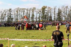 Σεπτέμβριος, 16 2017, Τούλα, Ρωσία - ο διεθνής στρατιωτικός και ιστορικός τομέας ` φεστιβάλ ` Kulikovo: θεατές και συμμετέχοντες Στοκ εικόνες με δικαίωμα ελεύθερης χρήσης