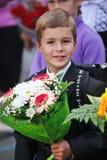 1 Σεπτεμβρίου, ημέρα γνώσης στο ρωσικό σχολείο Ημέρα της γνώσης ημερήσιο πρώτο σχολείο Στοκ Φωτογραφία