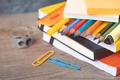 1 Σεπτεμβρίου κάρτα έννοιας, ημέρα δασκάλων `, πίσω στο σχολείο ή το κολλέγιο, προμήθειες Στοκ εικόνα με δικαίωμα ελεύθερης χρήσης