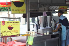 27 Σεπτεμβρίου 2016, Malacca, Μαλαισία Το κούνημα καρύδων Klebang ήταν το πιό ζεστό ποτό στο melaka σήμερα και αυτό το κατάστημα  Στοκ φωτογραφίες με δικαίωμα ελεύθερης χρήσης