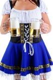σερβιτόρα μπύρας στοκ εικόνες