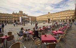 Σερβιτόρος στο δήμαρχο Plaza σε Σαλαμάνκα, Ισπανία Στοκ εικόνα με δικαίωμα ελεύθερης χρήσης
