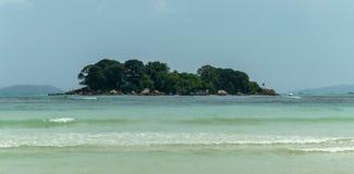 Σεϋχέλλες Όμορφη παραλία Anse Volbert Στοκ Φωτογραφίες