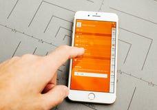Σε απευθείας σύνδεση τραπεζικές εργασίες Ing στο iPhone 7 συν τα προγράμματα εφαρμογών Στοκ εικόνες με δικαίωμα ελεύθερης χρήσης