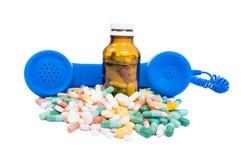 Σε απευθείας σύνδεση φαρμακείο με τη βοήθεια στοκ φωτογραφία με δικαίωμα ελεύθερης χρήσης