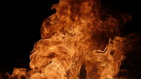 Σε αργή κίνηση του φυσήματος πυρκαγιάς φιλμ μικρού μήκους