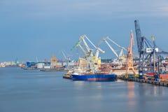 Σε βαθιά νερά τερματικό εμπορευματοκιβωτίων στο Γντανσκ Στοκ Εικόνες