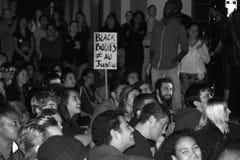Σε εθνικό επίπεδο διαμαρτυρία πέρα από τη μεγάλη απόφαση κριτικών επιτροπών Ferguson Στοκ Εικόνες