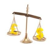 Σημάδια λιβρών και δολαρίων στις κλίμακες Στοκ φωτογραφία με δικαίωμα ελεύθερης χρήσης