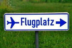 σημάδι αερολιμένων Στοκ φωτογραφία με δικαίωμα ελεύθερης χρήσης