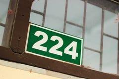 Σημάδι αριθμού δωματίων στο ταϊλανδικό σχολείο Στοκ εικόνες με δικαίωμα ελεύθερης χρήσης