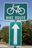σημάδι διαδρομών ποδηλάτων Στοκ εικόνα με δικαίωμα ελεύθερης χρήσης