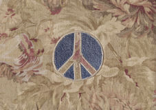 σημάδι ειρήνης τζιν Στοκ φωτογραφία με δικαίωμα ελεύθερης χρήσης