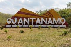 Σημάδι εκτός από το δρόμο της επαρχίας του Γκουαντανάμο, Κούβα στοκ φωτογραφία με δικαίωμα ελεύθερης χρήσης