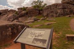 Σημάδι επισκεπτών στο κρησφύγετο διαβόλων στοκ φωτογραφία