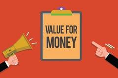 Σημάδι κειμένων που παρουσιάζει αξία για τα χρήματα Η εννοιολογική αναφορά φωτογραφιών σε κάτι αξίζει πολύ τα χρήματα που ξοδεύον απεικόνιση αποθεμάτων