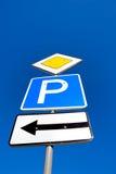 σημάδι οδηγών στηλών Στοκ φωτογραφία με δικαίωμα ελεύθερης χρήσης