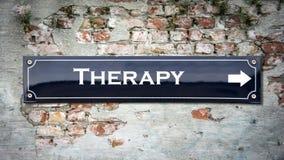Σημάδι οδών στη θεραπεία στοκ εικόνες