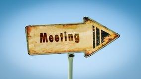 Σημάδι οδών στη συνεδρίαση στοκ εικόνα με δικαίωμα ελεύθερης χρήσης