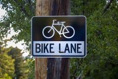 Σημάδι παρόδων ποδηλάτων μέσα κεντρικός Στοκ Φωτογραφία