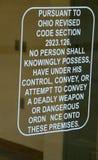 Σημάδι στην πόρτα ενός σταθμού τρένου στο Οχάιο στοκ εικόνες με δικαίωμα ελεύθερης χρήσης