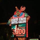 Σημάδι χαρτοπαικτικών λεσχών τσίρκων τσίρκων στοκ εικόνες με δικαίωμα ελεύθερης χρήσης