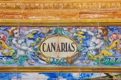 Σημάδι Canarias πέρα από έναν τοίχο μωσαϊκών Στοκ Εικόνες