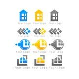 Σημάδια επιχειρησιακών εμπορικών σημάτων στο άσπρο λογότυπο υποβάθρου Στοκ Φωτογραφίες