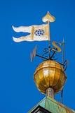 Σημάδια μετάλλων με τα βασικές σημεία και τη σημαία Στοκ Εικόνες