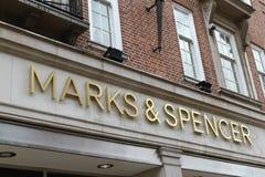 Σημάδια & Spencer λογότυπων καταστημάτων Στοκ εικόνα με δικαίωμα ελεύθερης χρήσης