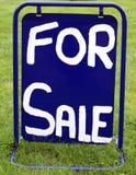 Σημάδι Για την πώληση σημάδι πώλησης Στοκ εικόνα με δικαίωμα ελεύθερης χρήσης