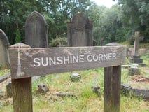 Σημάδι γωνιών ηλιοφάνειας στοκ φωτογραφίες με δικαίωμα ελεύθερης χρήσης