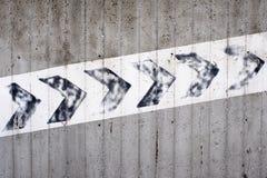 Σημάδι και σύμβολο που δείχνουν μια ανάβαση Στοκ Φωτογραφία