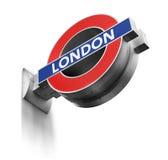 Σημάδι Μετρό του Λονδίνου που απομονώνεται Στοκ Φωτογραφίες