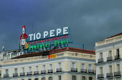Σημάδι νέου ορόσημων Tio pepe στη Μαδρίτη Στοκ φωτογραφία με δικαίωμα ελεύθερης χρήσης