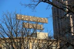 Σημάδι ξενοδοχείων Crockett, San Antonio Στοκ Φωτογραφίες