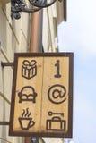 Σημάδι ξενώνων Στοκ φωτογραφία με δικαίωμα ελεύθερης χρήσης