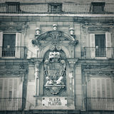 Σημάδι οδών δημάρχου Plaza στη Μαδρίτη - μονοχρωματική Στοκ Φωτογραφίες