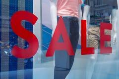 Σημάδι πώλησης έκπτωσης στοκ φωτογραφίες με δικαίωμα ελεύθερης χρήσης
