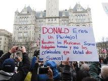 Σημάδι στα ισπανικά στην εναρκτήρια παρέλαση Στοκ εικόνα με δικαίωμα ελεύθερης χρήσης