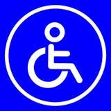 Σημάδι του δημόσιου χώρου ανάπαυσης αναπηρικών καρεκλών τουαλετών για τα άτομα με ειδικές ανάγκες Στοκ φωτογραφία με δικαίωμα ελεύθερης χρήσης
