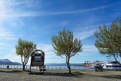 Σημάδι του πτερυγίου EL Mundo Ushuaia στο λιμένα Στοκ φωτογραφία με δικαίωμα ελεύθερης χρήσης