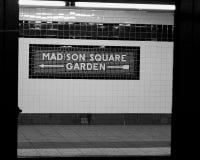 Σημάδι του Madison Square Garden στο σταθμό μετρό NYC Στοκ εικόνα με δικαίωμα ελεύθερης χρήσης