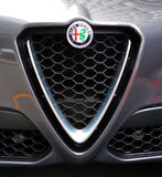 Σημάδι των αυτοκινήτων της Alfa Romeo Στοκ φωτογραφία με δικαίωμα ελεύθερης χρήσης