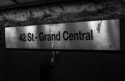Σημάδι υπογείων στην πόλη της Νέας Υόρκης στοκ εικόνα με δικαίωμα ελεύθερης χρήσης